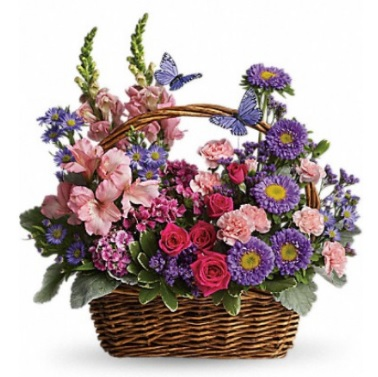 Beautifully designed flower baskets and flower cakes are available.